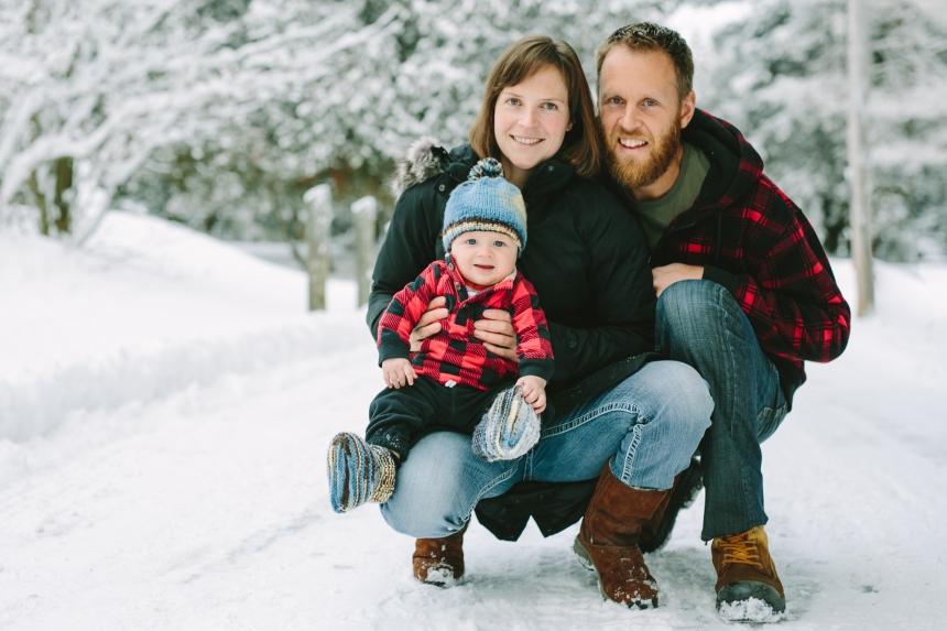 baby henry muskoka winter family portraits muskoka and toronto